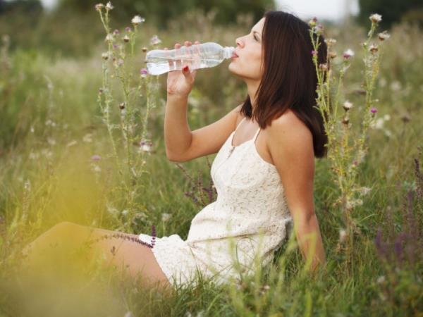 Wie man mit Wasser gezielt abnimmt