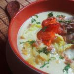 LCHF-Eintopf mit Rindfleisch und gebratenen Tomaten