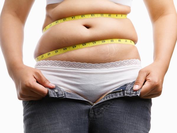 4 Gerichte, die schnell Fett um den Bauch herum auflösen.